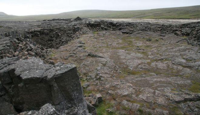 Live Science: Vikingii au construit o corabie din pietre pentru a supravieţui Apocalipsei - 1-1619592215.jpg