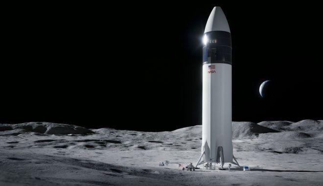 BBC: NASA a ales compania lui Elon Musk pentru a repune un om pe Lună începând cu 2024 - 118088436forpressrelease-1618670134.jpg