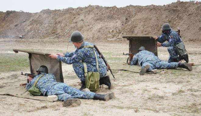 Instrucție în Poligonul Capu Midia: la foc automat, pe câmpul de luptă! - capumidiafoc2-1618149963.jpg