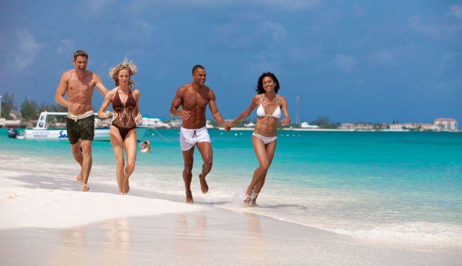 Feriţi-vă de bacteriile de pe plajă! Aveţi grijă de sănătatea voastră! - feritivade-1624470474.jpg