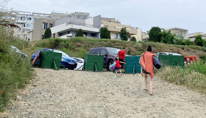 """Revoltă în Faleză Nord. """"Ne-au închis drumul de acces spre plajă, suntem sabotați!"""" - fond1-1625509083.jpg"""