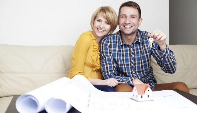 Tinerii pot spera la o nouă casă. Băncile îi aşteaptă cu uşile deschise - fond2-1617212258.jpg