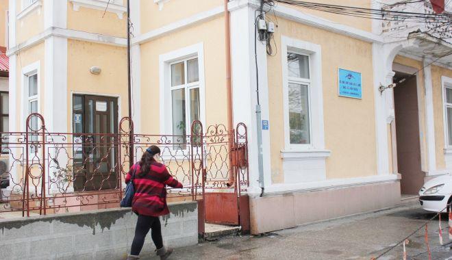 Casa Judeţeană de Asigurări de Sănătate, sat fără câini! L-a văzut cineva pe director? - fondcjas1-1617814532.jpg