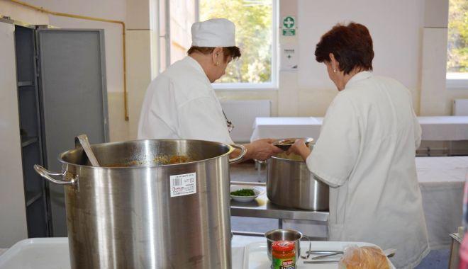 A fost publicată lista cu unităţile alimentare în care pot fi folosite cardurile pentru mese calde - fondproiecteuropean-1616944713.jpg