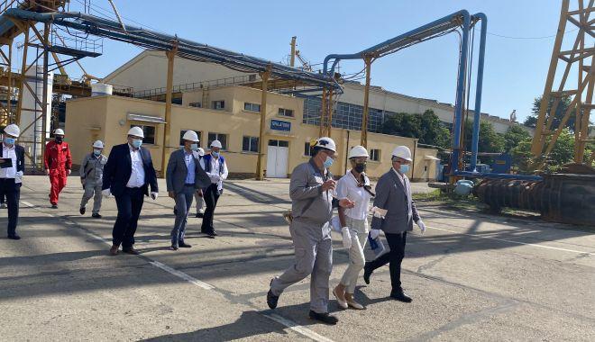 """Ministrul Raluca Turcan, în vizită la SNC. """"Pregătim un set de măsuri pentru rezolvarea problemei forţei de muncă!"""" - fondralucaturcan8-1627388493.jpg"""