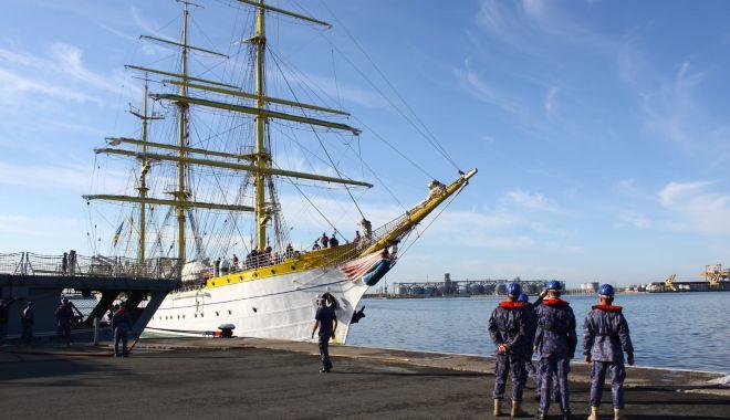 """GALERIE FOTO. Nava-şcoală """"Mircea"""" a revenit în port, după stagiul de practică cu studenţii Academiei Navale - galeriefotonava3-1620994194.jpg"""
