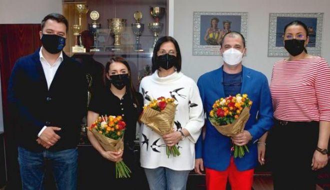 Gimnastică / Larisa Iordache și antrenorii săi, felicitați de conducerea CS Dinamo - gimnasticalarisa2804-1619621426.jpg