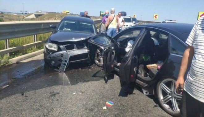 Accident VIOLENT cu șase victime, între care doi copii: Două mașini s-au ciocnit - media162773039180620600-1627743706.jpg