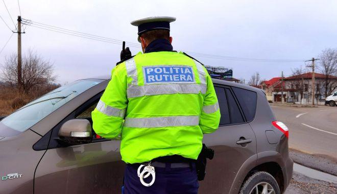 Șoselele, luate cu asalt de șoferi beți și fără permise auto! - rutiera-1619447725.jpg