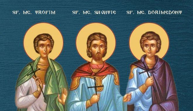 Biserica Ortodoxă îi cinstește pe Sf. Mc. Trofim, Savatie şi Dorimedont - trofimsavatiedorimedont-1632036134.jpg