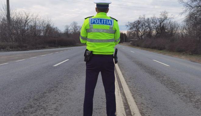 Vitezomanii, trași pe dreapta de Poliția Rutieră, pe drumul spre Tulcea - vitezadn22-1619112688.jpg