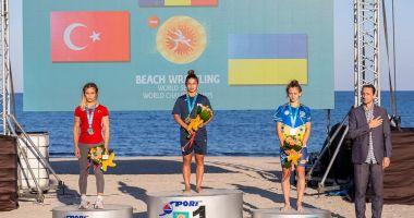 Campionatul Mondial de lupte pe plajă, la final. Seniorii români, sus pe podium!