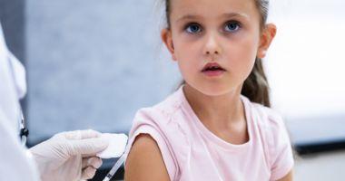 Pfizer anunță că vaccinul său împotriva COVID are o eficacitate de 90,7% la copiii între 5 și 11 ani