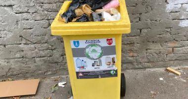 Administraţia locală încurajează colectarea selectivă a deşeurilor