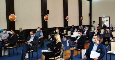 Foto - Gigacaloria a încins spiritele în Consiliul Local Constanţa. Tensiuni la votul împărţirii banilor pentru încălzire