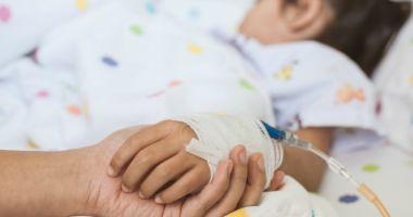 Aproape 300 de copii cu COVID-19 sunt spitalizați / Câți copii sunt internați la ATI cu forme grave de COVID