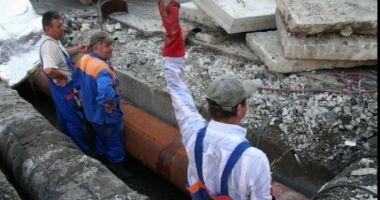 Avarie RAJA la intersecția străzilor Baba Novac cu Bogdan Vasile. Consumatorii au rămas fără apă rece