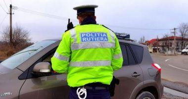 Polițiștii dau zilnic amenzi celor care nu respectă restricțiile anti-Covid