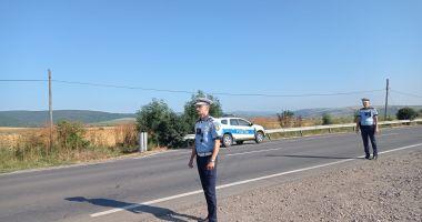 """PERMISE AUTO REȚINUTE pe DN 39 și DN 2A. Polițiștii de la Rutieră """"vânează"""" vitezomanii!"""